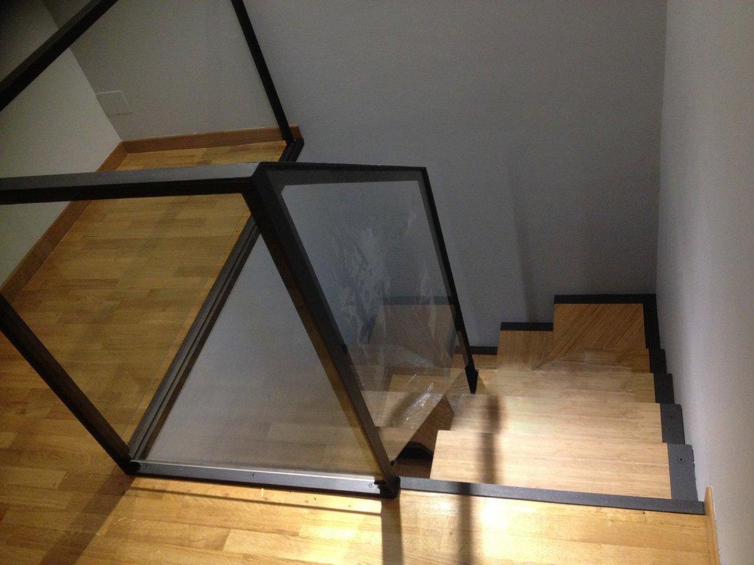 Gradini Di Legno Minecraft : Scala in ferro con gradini in legno scale in ferro idee tra